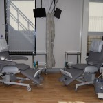 Treatment unit design with therapy chairs
